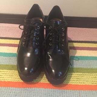 ザラ(ZARA)のZARA 革靴 37 ブラック(ローファー/革靴)