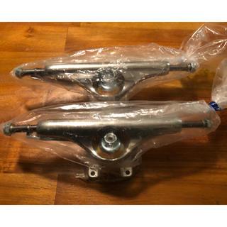 インディペンデント(INDEPENDENT)のindependent forged titanium polished 149(スケートボード)