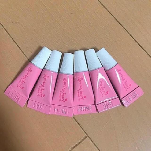 コージー本舗(コージーホンポ)のつけまのり6本 コスメ/美容のベースメイク/化粧品(つけまつげ)の商品写真