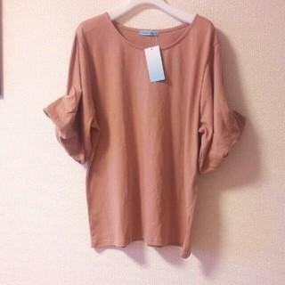 ベルーナ(Belluna)の新品タグ付き バルーン袖 Tシャツ(Tシャツ(半袖/袖なし))