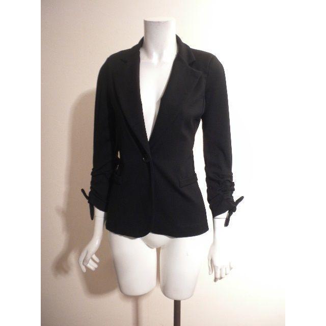 FOXEY(フォクシー)の新品◆リナシメント◆お袖ギャザーの美形!黒テーラードジャージジャケット レディースのジャケット/アウター(テーラードジャケット)の商品写真