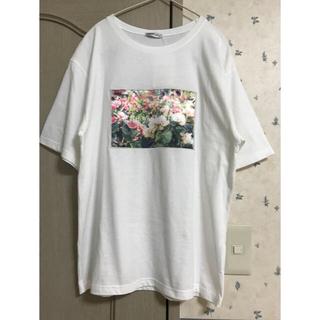 シマムラ(しまむら)のしまむら☆新品タグ付☆フラワープリント白T(Tシャツ(半袖/袖なし))