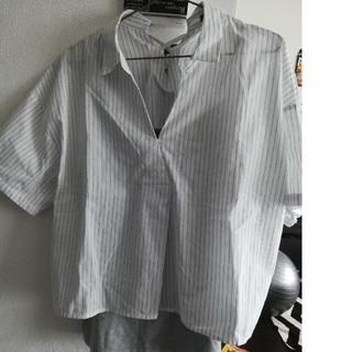 シマムラ(しまむら)の【新品】襟抜き ストライプシャツ セット(シャツ/ブラウス(半袖/袖なし))