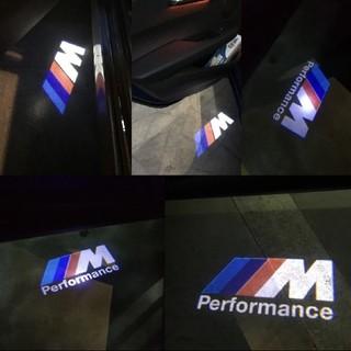 ビーエムダブリュー(BMW)のBMW M performance ロゴ カーテシーランプ LED(車種別パーツ)