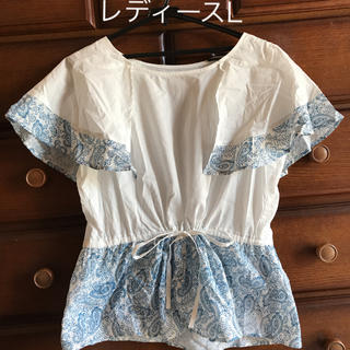 フェリシモ(FELISSIMO)の着用1回のみ サイズL ペイズリー柄シャツ(カットソー(半袖/袖なし))