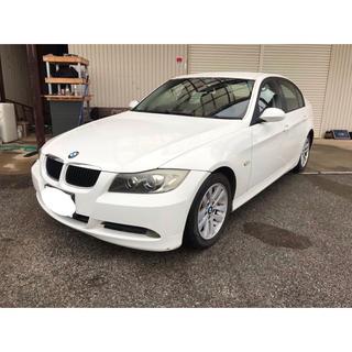 BMW - BMW 320i ホワイト HID オートライト バックカメラ
