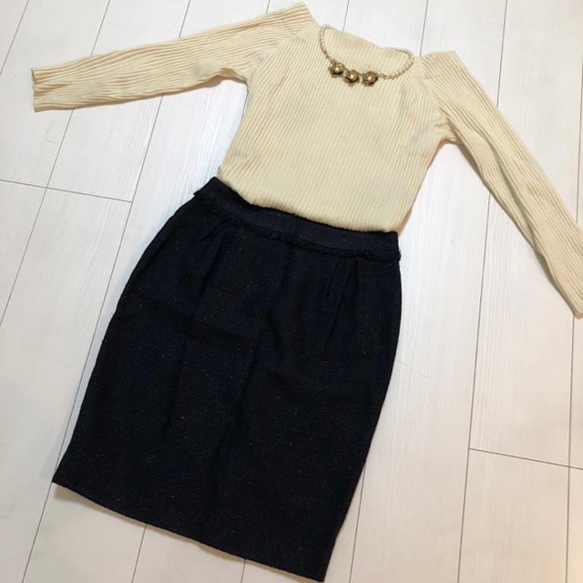 Demi-Luxe BEAMS(デミルクスビームス)の定価2万円 新品 同様 美品 デミルクスビームス ツイードスカート ネイビー レディースのスカート(ひざ丈スカート)の商品写真