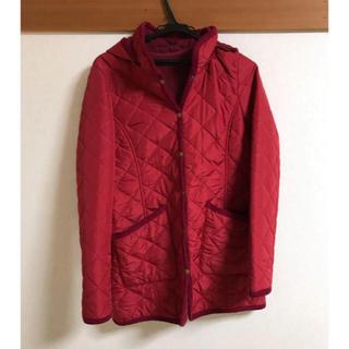 ベルメゾン(ベルメゾン)のベルメゾン キルティングコート 美品 赤 サイズM(ロングコート)