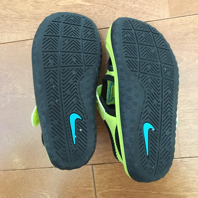 NIKE(ナイキ)のナイキのサンダル  13.0 キッズ/ベビー/マタニティのベビー靴/シューズ(~14cm)(サンダル)の商品写真
