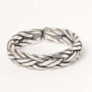 [新品未使用]ツイストリング デザインリング 編み込み シンプル シルバー925(リング(指輪))