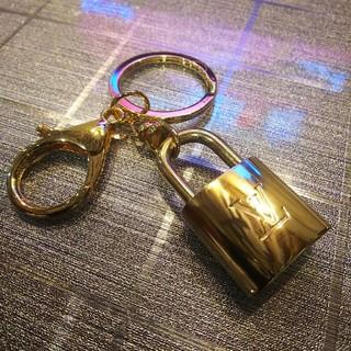 ルイヴィトン(LOUIS VUITTON)の美品❗️ Louis Vuitton パドロック キーリング付き ルイヴィトン(その他)