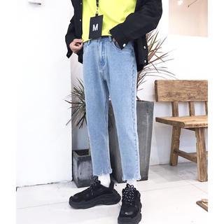 HARE - neos 裾カットオフ テーパード アンクルデニムパンツ