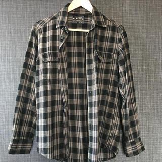 UNIQLO - 《UNIQLO》メンズチェックシャツ【ほぼ未使用】