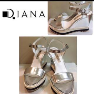 ダイアナ(DIANA)のダイアナシルバーウェッジサンダル22.5センチ(サンダル)