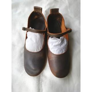 ミナペルホネン(mina perhonen)のebagos エバゴスストラップシューズ 23㎝ 3 グレー(ローファー/革靴)