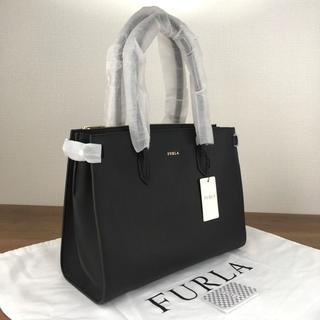 フルラ(Furla)の新品 フルラ トートバッグ A4サイズ対応 ブラック レザー 383(ショルダーバッグ)