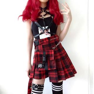 赤チェック柄プリーツスカート  と  キュロットパンツ(ミニスカート)