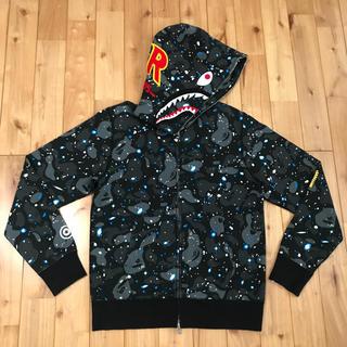 アベイシングエイプ(A BATHING APE)のspace camo シャークパーカー shark hoodie bape(パーカー)
