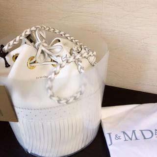 ジェイアンドエムデヴィッドソン(J&M DAVIDSON)の新品未使用 J&M DAVIDSON カーニバル L ニューホワイト タグ付き(ハンドバッグ)