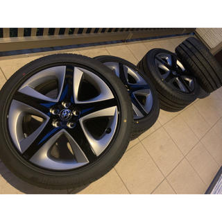 トヨタ(トヨタ)の新型プリウス 純正タイヤ 純正ホイール 新車外し 4本 セット(タイヤ・ホイールセット)