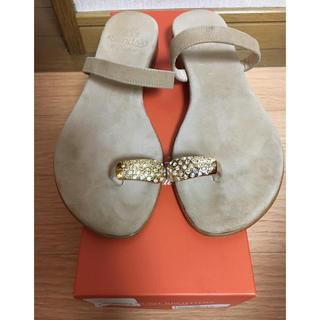 ドゥーズィエムクラス(DEUXIEME CLASSE)のil sandalo of capri 親指ビジューサンダル 34(サンダル)