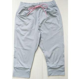 ユニクロ(UNIQLO)のユニクロ ジャージ  膝丈 グレー M スカート付(ハーフパンツ)