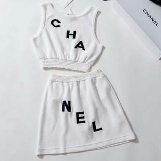 シャネル(CHANEL)のCHANEL ニット タンクトップ スカート セーター 白 36 正規品(ニット/セーター)