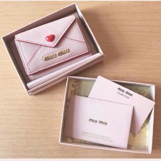 ミュウミュウ(miumiu)の超美品 miumiu 三つ折り財布 マドラスラブ(折り財布)