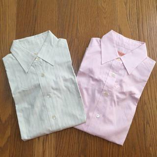 アーバンリサーチ(URBAN RESEARCH)の美品URBANRESEARCHシャツ2枚(シャツ/ブラウス(長袖/七分))