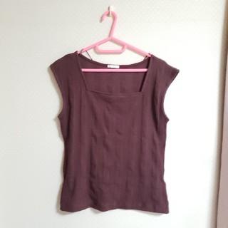 ジーユー(GU)のGU スクエアネック リブTシャツ トップス カットソー(Tシャツ(半袖/袖なし))