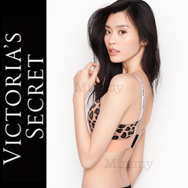 Victoria's Secret(ヴィクトリアズシークレット)のライトリーライン ワイヤレス ブラ♡シュガーベイビー レディースの下着/アンダーウェア(ブラ)の商品写真