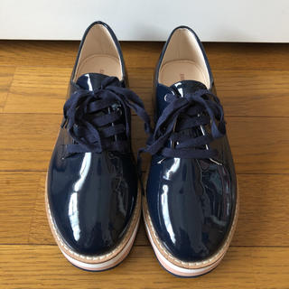 ザラ(ZARA)のZARA GIRLS ネイビー厚底(ローファー/革靴)