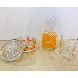 トウヨウササキガラス(東洋佐々木ガラス)の昭和レトロ 水差し、ガラス容器のセット(グラス/カップ)