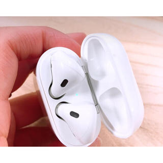 Apple - Airpods (正規品/中古)