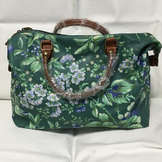 LAURA ASHLEY - 未使用 LAURA ASHLEY 可愛いお花柄バッグ
