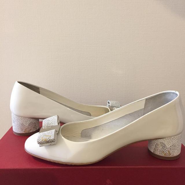 Salvatore Ferragamo(サルヴァトーレフェラガモ)の専用❤️フェラガモ  ヴァラ パンプス ハイヒール  レディースの靴/シューズ(ハイヒール/パンプス)の商品写真