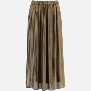 ユニクロ(UNIQLO)の値下げユニクロカーキプリーツロングスカート 黒スカーチョ(ロングスカート)