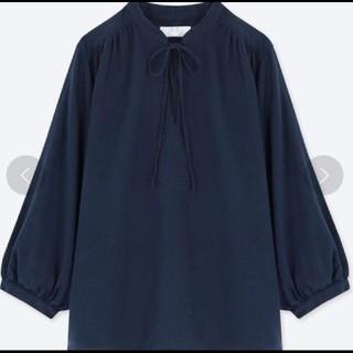 【ユニクロ】リネンブレンドギャザーブラウス (7分袖)
