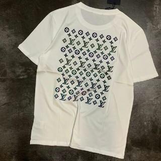 ルイヴィトン(LOUIS VUITTON)のLOUIS VUITTON ロゴ カッコいい ホワイト 最高品質 Tシャツ (Tシャツ/カットソー(半袖/袖なし))