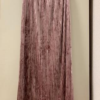 ジーユー(GU)のプリームスカート ピンク(ロングスカート)