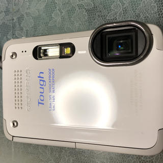 防水カメラ★OLYMPUS TG-620