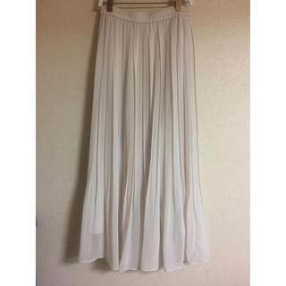 ユニクロ(UNIQLO)のロングプリーツスカート(ロングスカート)
