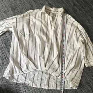 シマムラ(しまむら)の白×ネイビーのストライプシャツ(シャツ/ブラウス(長袖/七分))