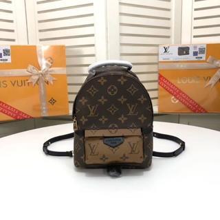 ルイヴィトン(LOUIS VUITTON)の即購入大歓迎 ルイヴィトンリュックLOUIS VUITTON バッグM41562(リュック/バックパック)