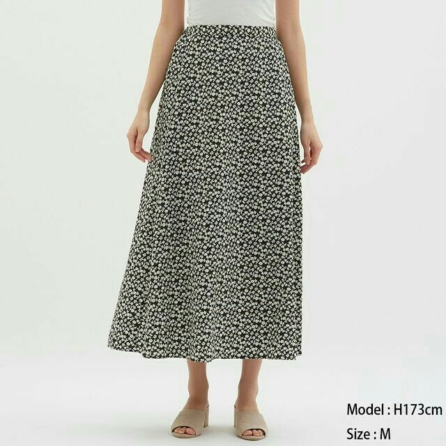 GU(ジーユー)のGUフラワープリントフレアロングスカート レディースのスカート(ロングスカート)の商品写真