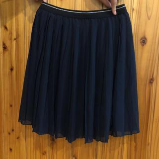 ユニクロ(UNIQLO)のユニクロ 145-155 プリーツスカート ネイビー美品(スカート)