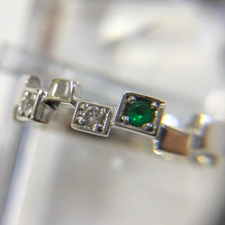 K18WG エメラルド ダイヤモンド リング(リング(指輪))