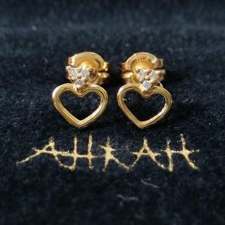 アーカー(AHKAH)のアーカー ダイヤモンド付ハートモチーフのK18ピアス(ピアス)