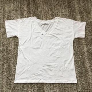 スライ(SLY)の【新品】VネックTシャツ(Tシャツ(半袖/袖なし))