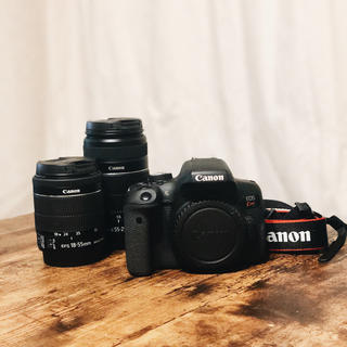 Canon - EOS Kiss X8i ダブルズームキット